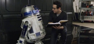 jjabrams_starwarsforceawakens-2
