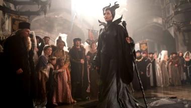 Maleficent_costumedesign3