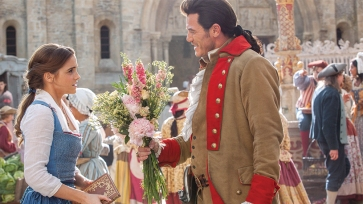 90oscars_beautyandthebeast_costumedesign2